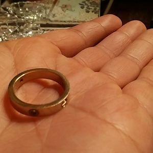 Carrier ring